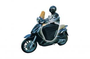 P01 COPRIGAMBE UNIVERSALE PER MOTO E SCOOTER MOD. LUSSO