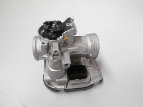 CM0852095 CORPO FARFALLATO INIEZIONE ORIGINALE PIAGGIO BV 350 4T 4V IE E3 2012-2014 (NAFTA)
